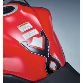 PROTECTION DE RESERVOIR NOIR/GRIS GSX-S 750